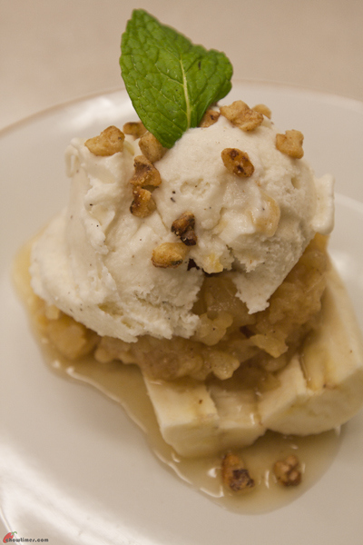 Banana-Split-with-Pineapple-and-Maple-Walnut-10