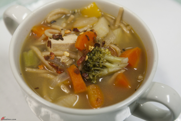 Vegetable-Noodle-Soup-10