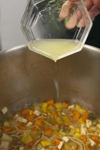 Vegetable-Noodle-Soup-9