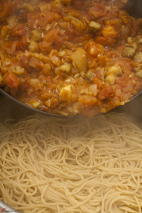 Whole-Wheat-Pasta-with-Eggplant-14