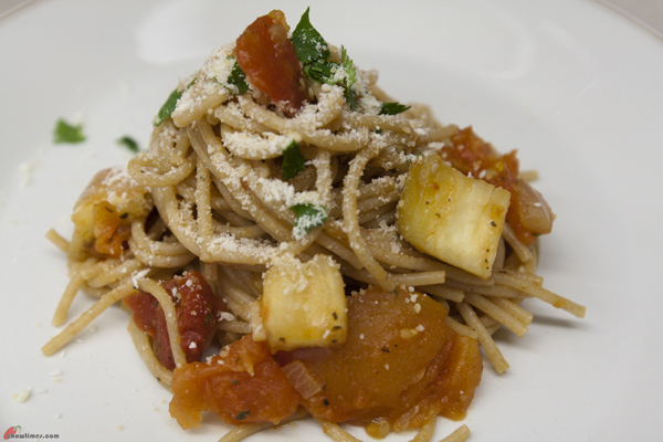 This Whole Wheat Pasta with Eggplant is a vegetarian pasta dish ...