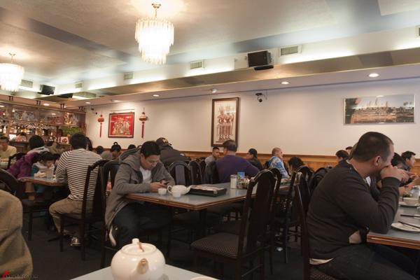 Phnom-Penh-Restaurant-Vancouver-Chinatown-2