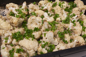 Roasted-Cauliflower-with-Tahini-5
