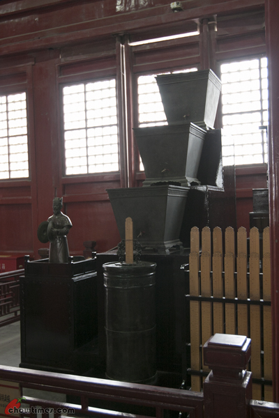 Bell-Tower-Drum-Tower-Beijing-10