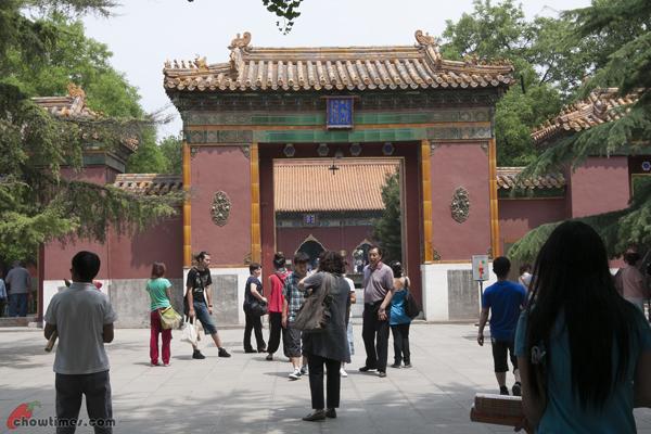 Lama-Temple-Beijing-5