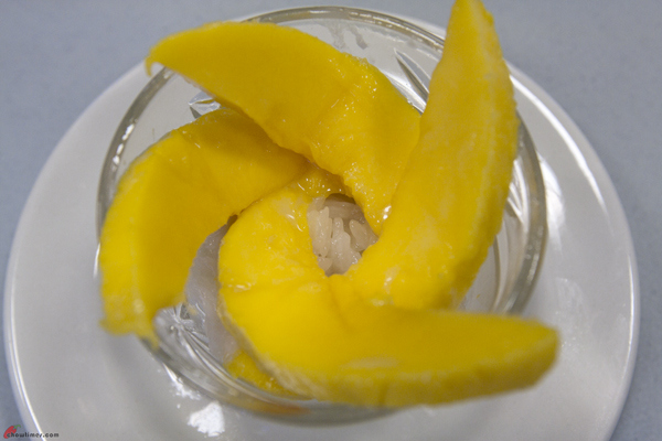 Thai-Dessert-Mango-with-Sticky-Rice-10