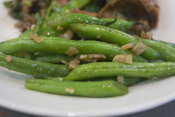 Ian Lai's Healthy Asian Cooking: Garlic Green Bean |