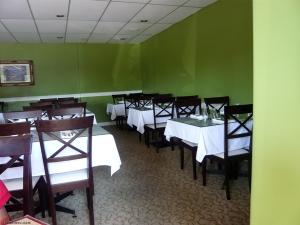 Tandoori-Raj-Restaurant-Vancouver-1