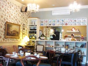 Adonia-Tea-House-Kerrisdale-1