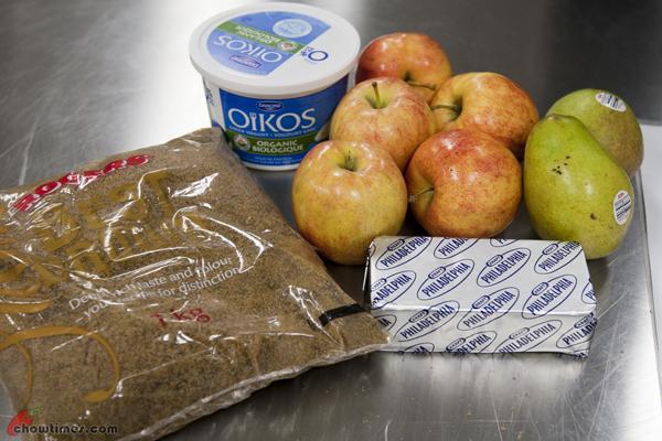 Cream-Cheese-and-Greek-Yogurt-Fruit-Dip-4