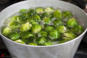 Brussel-Sprouts-with-Onion-and-Mustard-Seeds-5