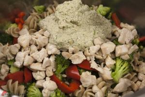 Chicken-Wholewheat-Pasta-with-Walnut-Sauce-10