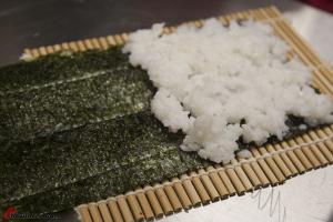 Various-Japanese-Sushi-27