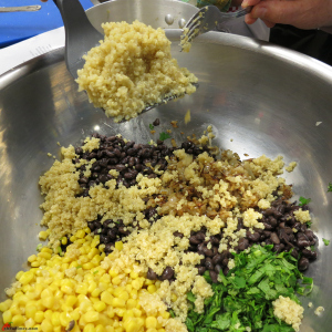 Quinoa-Black-Beans-Salad-Spiced-with-Cumin-7