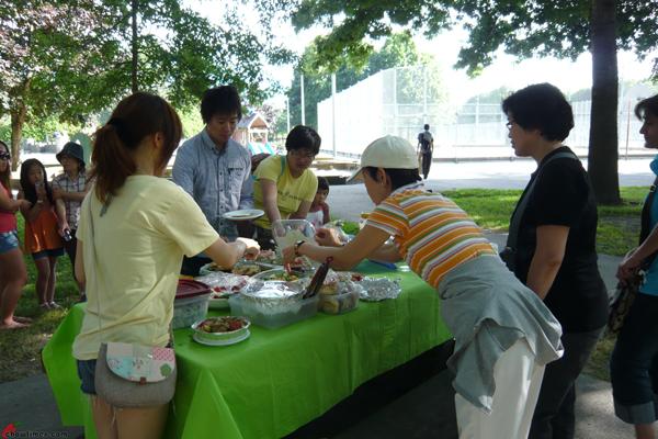 Richmond-Community-Kitchen-Summer-Picnic-2012-24