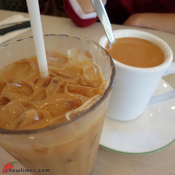 Breakfast-at-Honolulu-Cafe-Kingsway-Vancouver-1