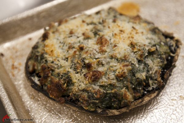 Spinach-and-Hazelnut-Stuffed-Mushrooms-1