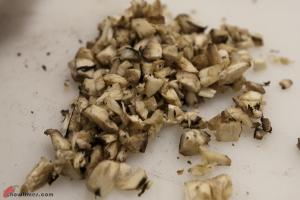 Spinach-and-Hazelnut-Stuffed-Mushrooms-5