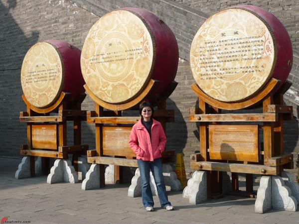 Xian-Day-1-Biking-On-City-Wall-17