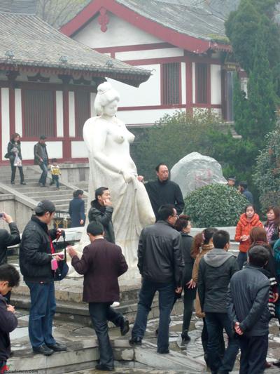 Xian-Day-3-Huaqing-Hot-Springs-15