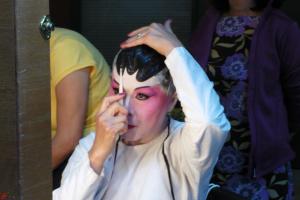 Cantonese-Opera-Makeup-Application-11