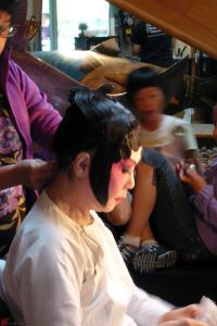 Cantonese-Opera-Makeup-Application-12