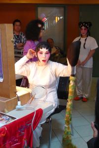 Cantonese-Opera-Makeup-Application-13