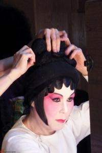 Cantonese-Opera-Makeup-Application-16