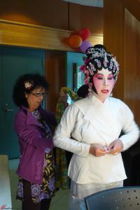Cantonese-Opera-Makeup-Application-18