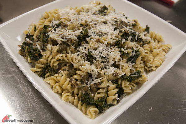 Pasta-with-Lentils-and-Kale-11