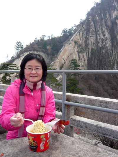 Xian-Day-4-Exploring-Huashan-15