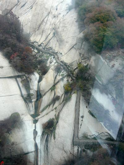Xian-Day-4-Taking-Cable-Car-Up-Huashan-9