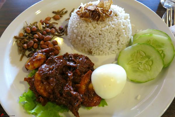 Kuala-Lumpur-Day-1-Lunch-02