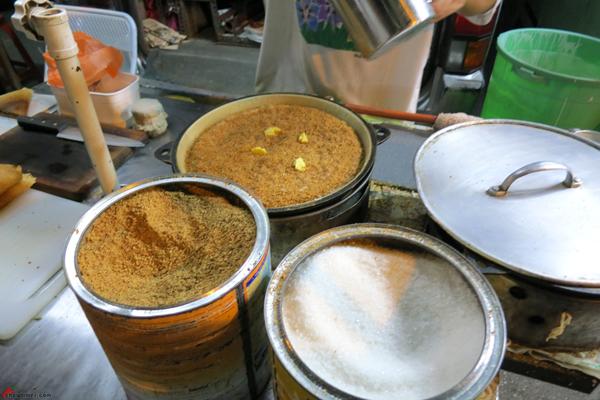 Kuala-Lumpur-Day-1-Night-Market-Snacks-01