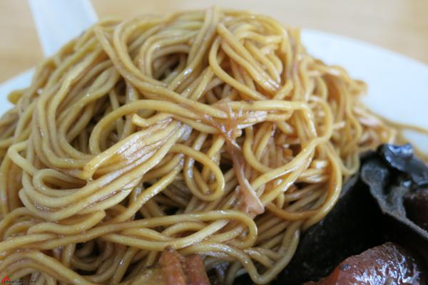 Kuala-Lumpur-Day-4-Wonton-Noodle-Breakfast-03