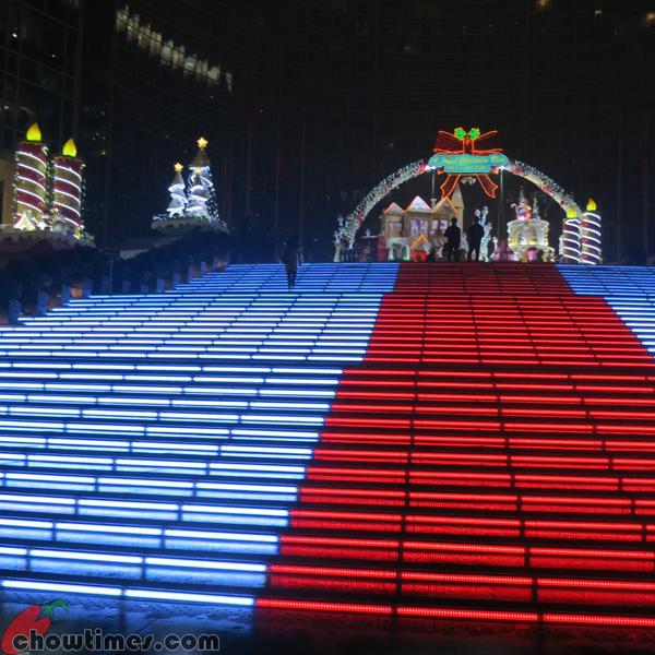 Christmas-Decor-Beijing-2012-02