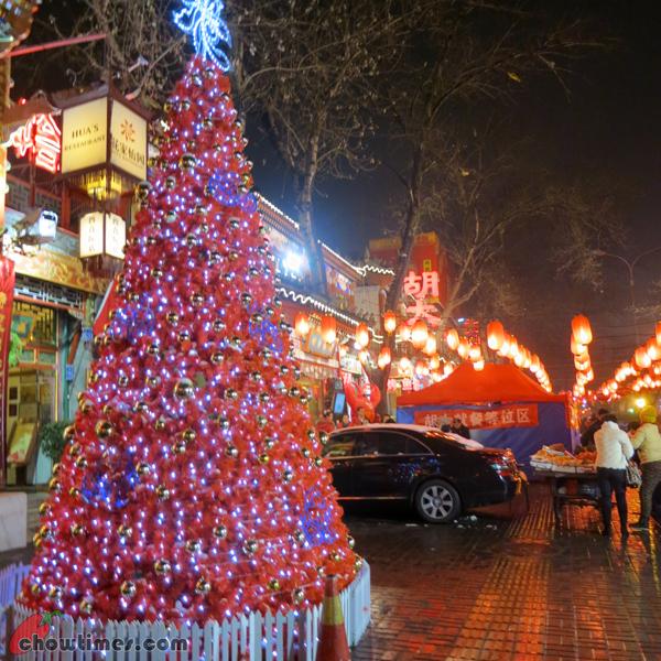Christmas-Decor-Beijing-2012-03