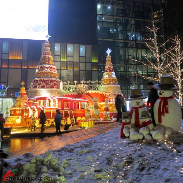 Christmas-Decor-Beijing-2012-11