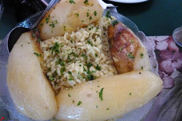 Kisamos-Greek-Taverna-Steveston-Village-12