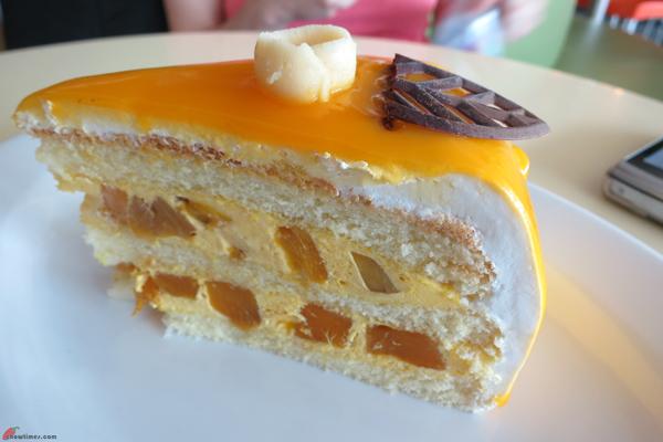 Kuala-Lumpur-Day-6-Breakfast-at-KLCC-10