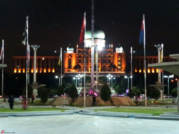 Kuala-Lumpur-Day-7-Visit-to-Putra-Jaya-02