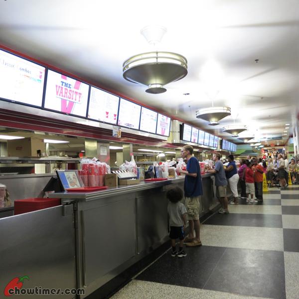 Atlanta-Day-1-Dinner-at-the-Varcity-02