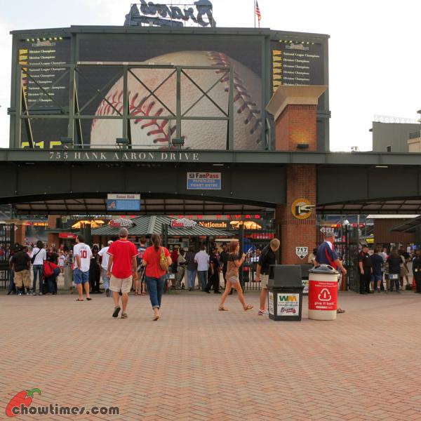 Atlanta-Day-2-Baseball-Game-at-Turner-Field-03