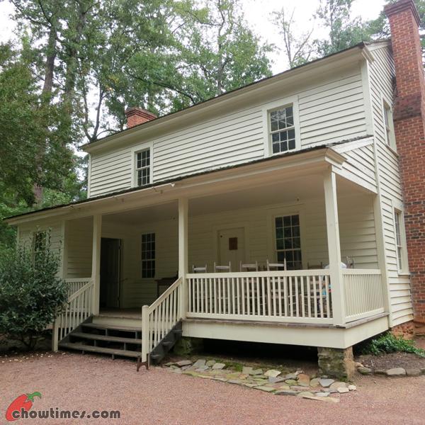 Atlanta-Day-3-Atlanta-History-Center-Farm-Hse-Tour-05