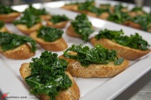 Kale-Crostini-11