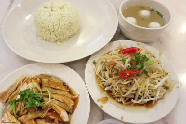 Kuala-Lumpur-Day-12-Lunch-at-Nasi-Lemak-Brilliant-03
