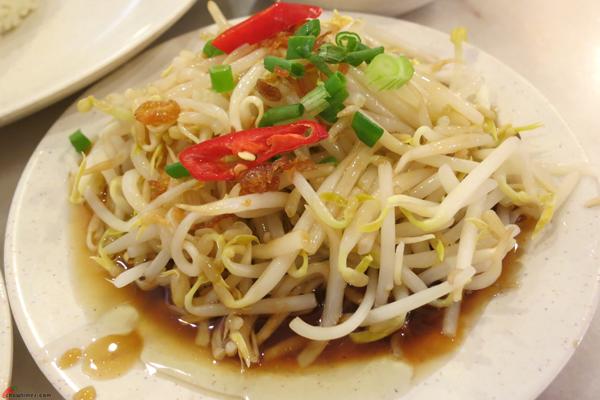 Kuala-Lumpur-Day-12-Lunch-at-Nasi-Lemak-Brilliant-05