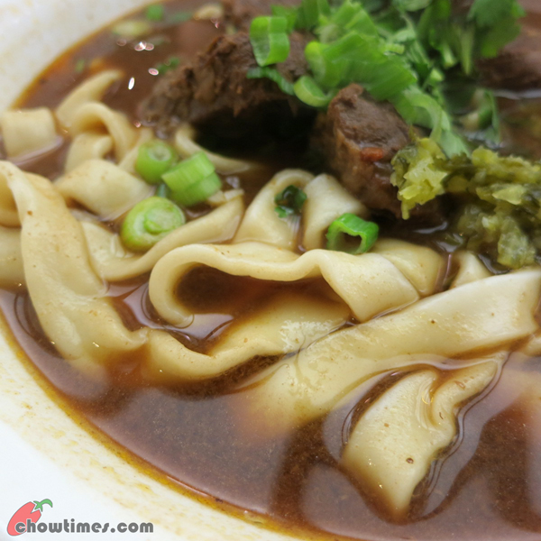 Wang's-Beef-Noodle-House-Cambie-St-06