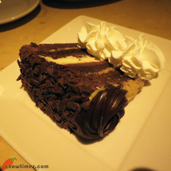 Atlanta-Day-6-Cheesecake-Factory-03