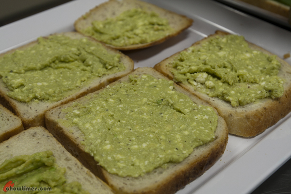 Chia-Bread-with-Avocado-Feta-Spread-09